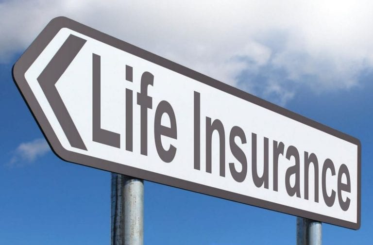 Permanent life insurance vs term